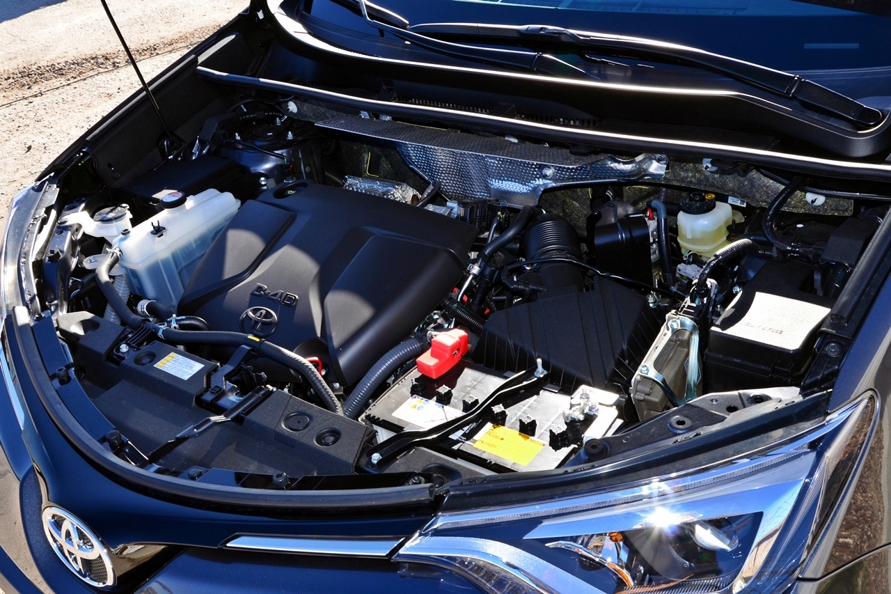 Foto de Toyota RAV4 150D Advance (21/75)
