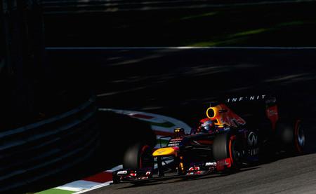 Sebastian Vettel rompe el monopolio de Mercedes en una sesión polémica para Ferrari