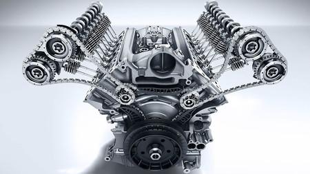 De ser el padre del motor de combustión a sólo desarrollar coches eléctricos: el porqué del posible movimiento de Daimler