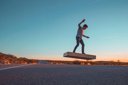 ArcaBoard es la 2da generación de hoverboards que de verdad vuelan ahora por solo $14.900