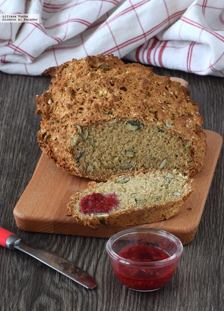 Pan de soda con trigo sarraceno y pipas de calabaza