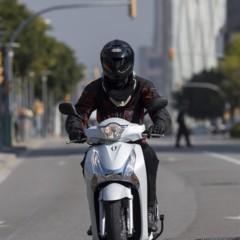 Foto 8 de 19 de la galería honda-scoopy-sh125i-2013-prueba-valoracion-galeria-y-ficha-tecnica-fotos-accion en Motorpasion Moto