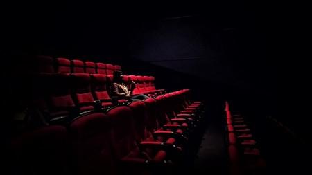 """Por 1.500 dólares te llevan el cine a casa, literalmente: así es el nuevo proyecto de """"cine para ricos"""""""