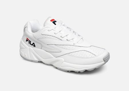 60% de descuento en zapatillas y zapatos en las rebajas de Sarenza y un 10% de descuento extra a partir de 100 euros de gasto