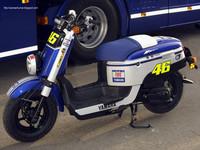 El scooter del equipo fiat Yamaha