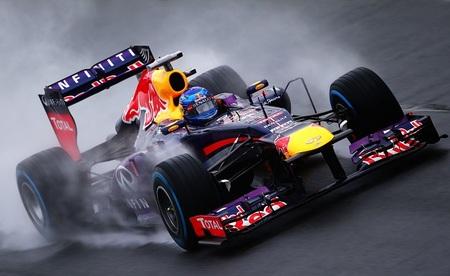 Sebastian Vettel logra una inalcanzable pole con Mark Webber guardándole las espaldas