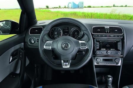 Volkswagen Polo BlueGT interior