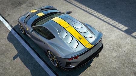 El nuevo Ferrari 812 estrena el motor atmosférico más potente de la historia de Ferrari, un V12 de 830 CV que sube hasta las 9.500 vueltas