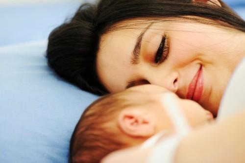 Un nuevo estudio encuentra que la forma de nacer y el desarrollo cognitivo podrían estar relacionados