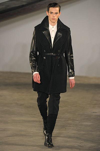 Foto de 3.1 Phillip Lim, Otoño-Invierno 2010/2011 en la Semana de la Moda de Nueva York (4/13)