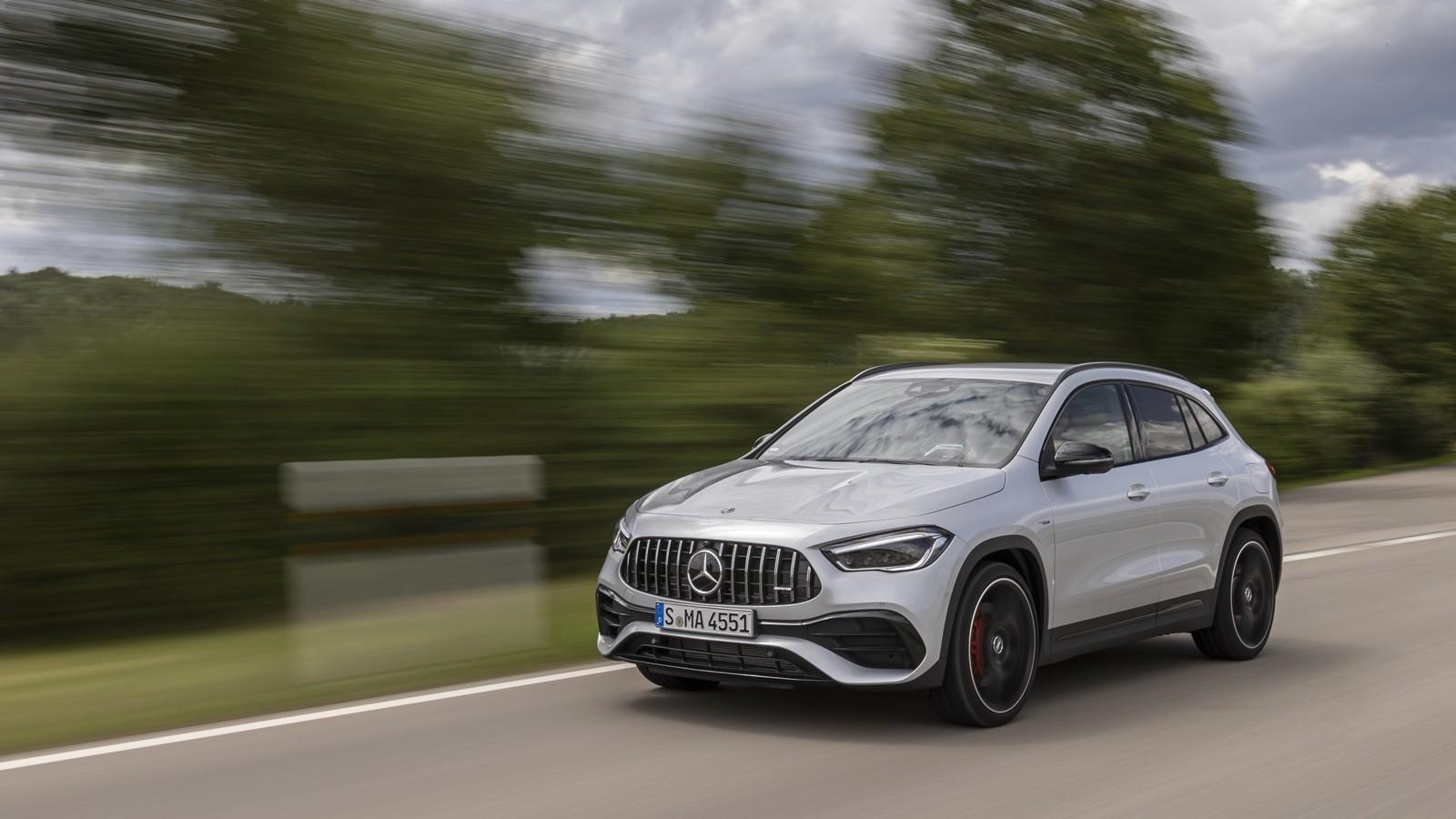 Foto de Mercedes-AMG GLA 45 S 2020 (22/28)