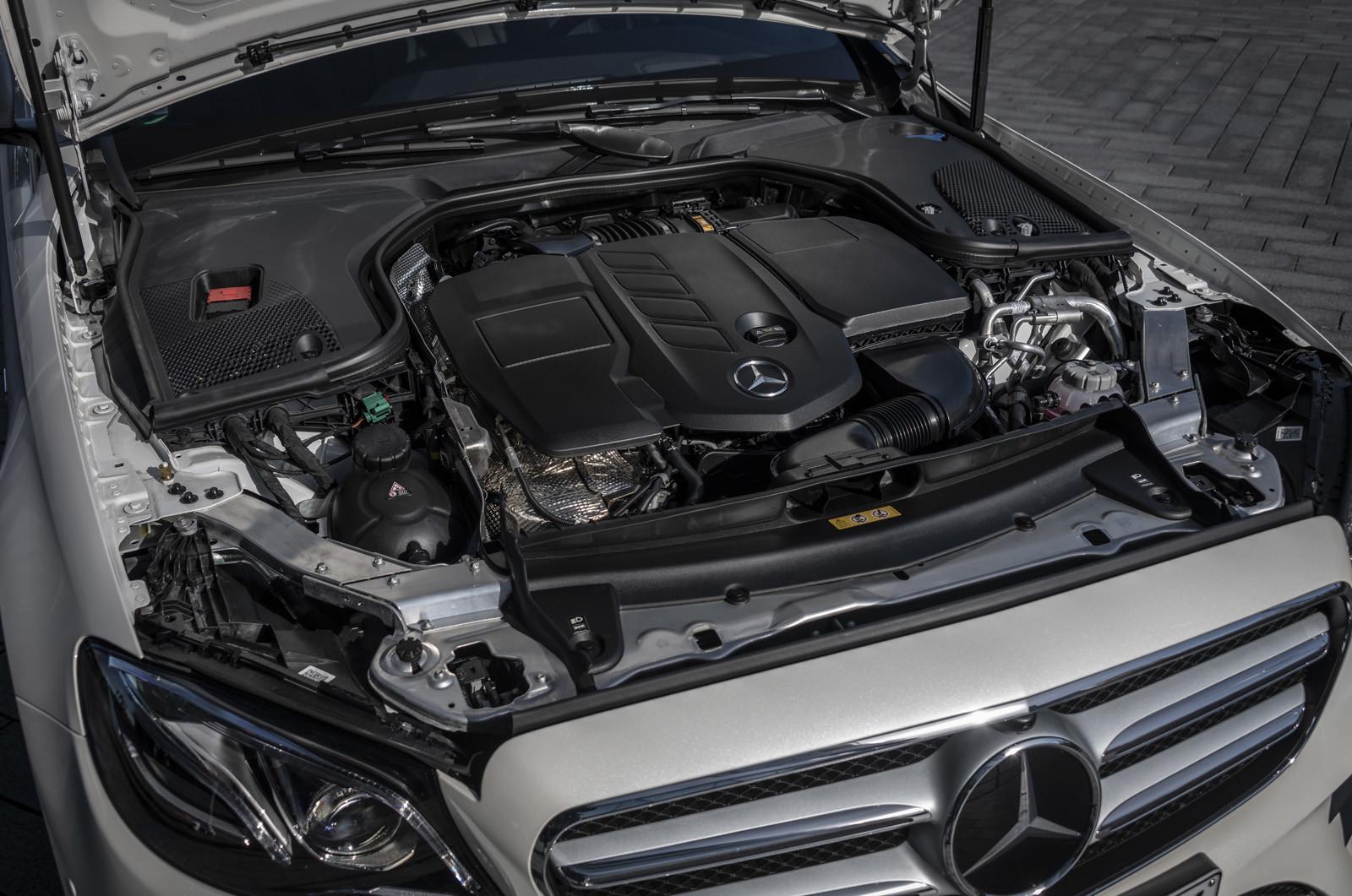 Foto de Mercedes-Benz E 300 de (presentación) (41/47)