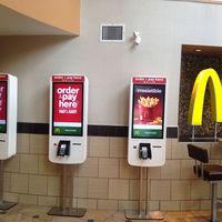 """14.000 McDonalds serán más automáticos y """"menos humanos"""" ante la posibilidad de que suba el salario mínimo en EE.UU."""