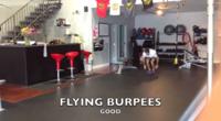 Flying burpees, con desplazamiento frontal