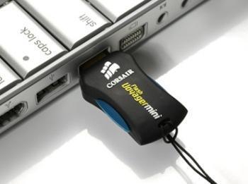 Diminuta memoria USB de Corsair de 32 GB