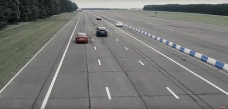 Carrera Tesla 03