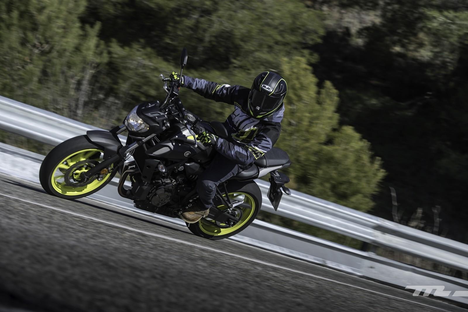 Foto de Yamaha MT-07 2018, prueba (9/56)