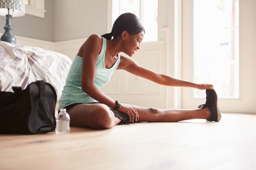 Ir al gimnasio no es obligatorio para ponerte en forma en 2018: así puedes entrenar en casa o al aire libre
