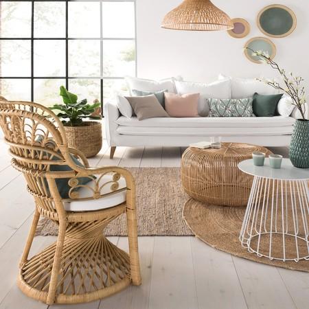 Mesa baja de bambú