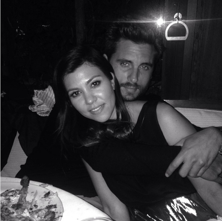 Kourtney Y Scott Disick