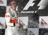 Jenson Button gana en un Gran Premio de Australia loco