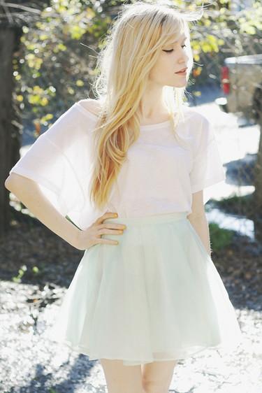 Moda en la calle: el encanto de una falda