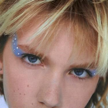 Bershka y Zara nos muestran cinco maneras de añadir pedrería a nuestro maquillaje de fiesta