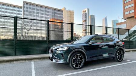 Probamos el CUPRA Formentor e-hybrid: tacto de SUV deportivo, hasta 59 km en eléctrico y etiqueta CERO