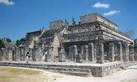 El Templo de los Guerreros y las Mil Columnas en Chichén Itzá