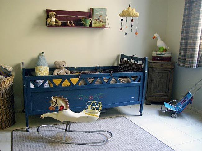 Habitaciones de beb de estilo retro y vintage for Muebles escribano calatayud