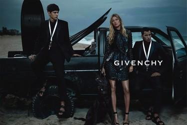 Givenchy campaña Primavera-Verano 2012: tenemos Gisele para rato