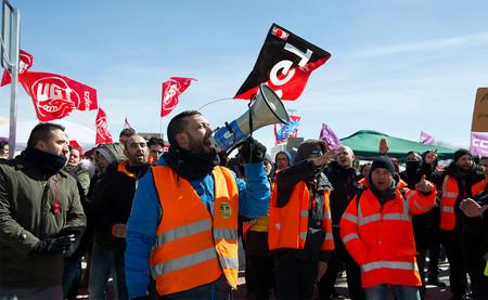 Amazon tiene un gigantesco problema en el horizonte: las protestas laborales y el sindicalismo