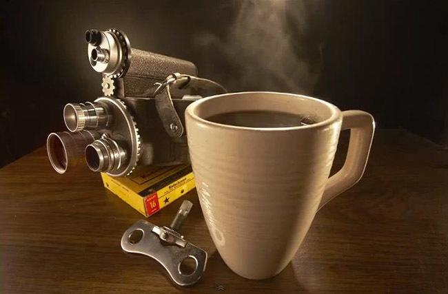 Bodegón de café humeante por Robert Grant