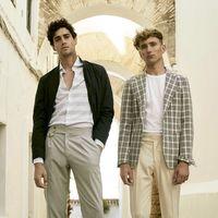 Seis ideas para llevar traje en verano sin morirte de calor