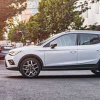 Los descuentos de la semana: ofertón para el SEAT Arona y el Tesla Model 3 más barato que nunca