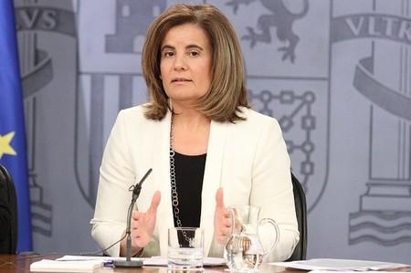 En realidad, Báñez no va a eliminar ninguno de los 41 contratos vigentes
