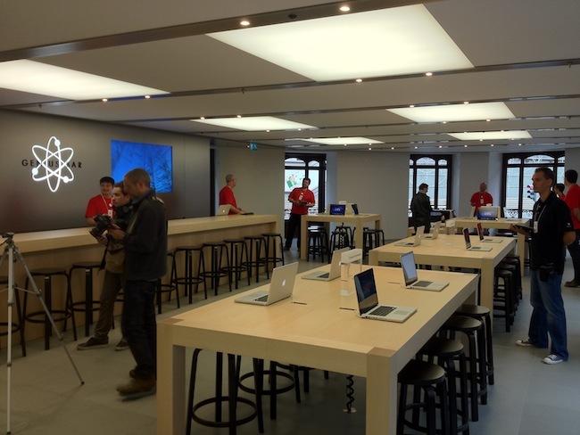 Foto de Apple Store Calle Colón (Valencia) (24/90)