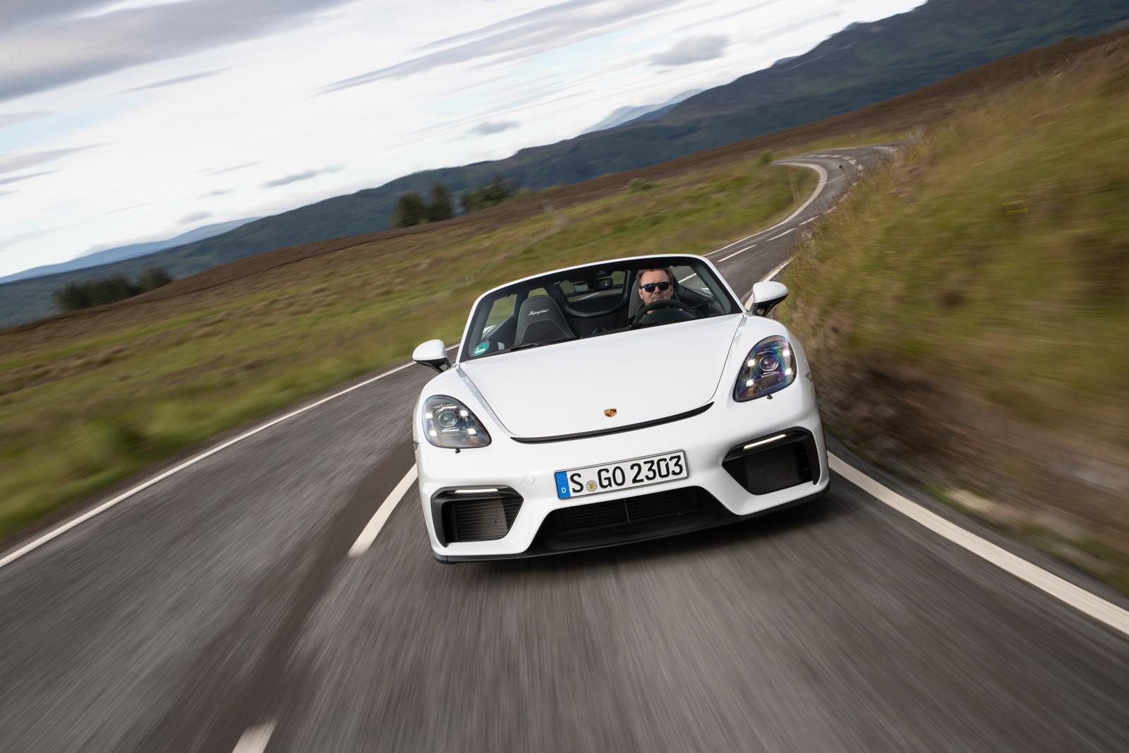 Foto de Porsche 718 Spyder (prueba contacto) (25/296)