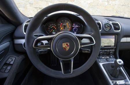 Alcantara Porsche Cayman Gt4