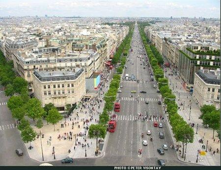 Champs-Elysées, la avenida comercial más cara de Europa (datos 2011)