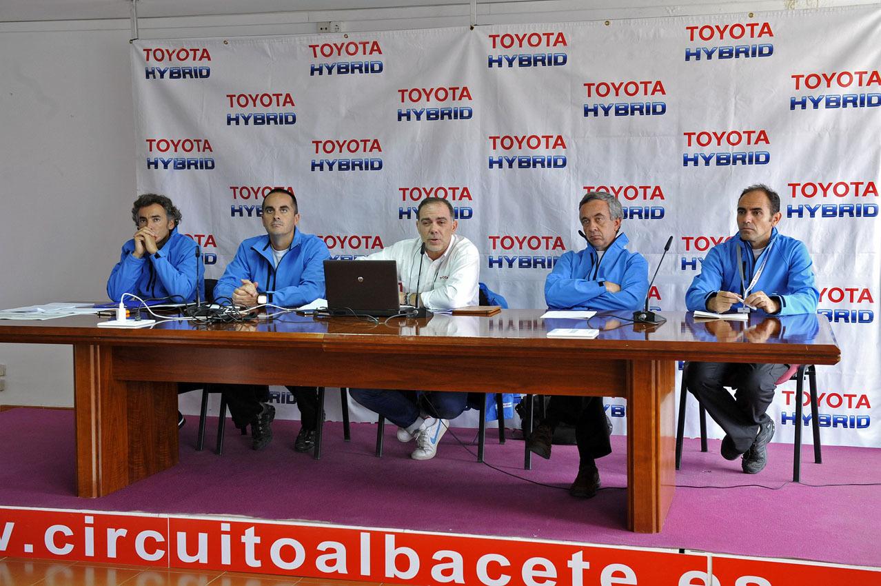 Foto de 24 Horas Híbridas de Toyota 2015 (24/234)