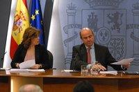El Gobierno limita a 600.000 euros el salario de directivos en entidades financieras intervenidas