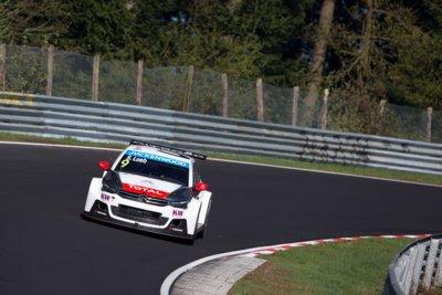 Si no te dice mucho el Citroën C-Elysée espera a verlo con Sébastien Loeb en el Nordschleife