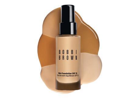 Skin Foundation de Bobbi Brown, un maquillaje apto para hombres