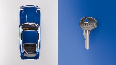 Abriendo el primer Porsche 911