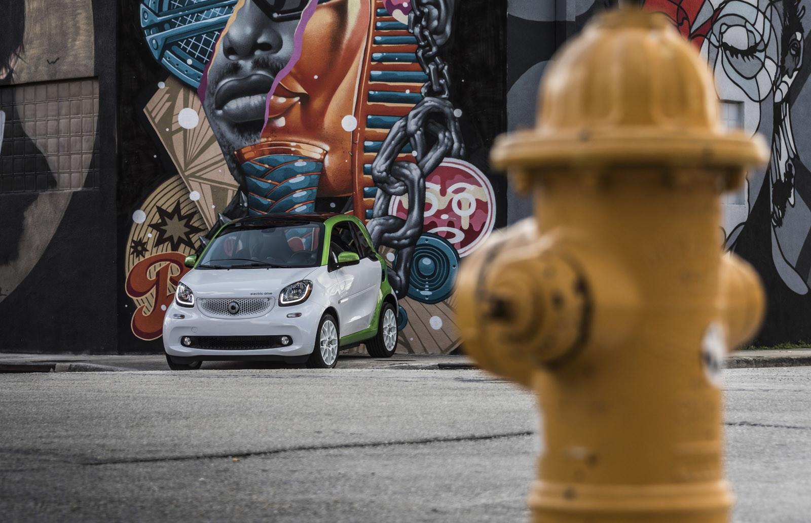 Foto de smart fortwo Electric Drive, toma de contacto (107/313)