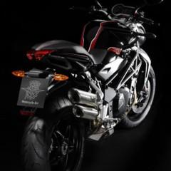 Foto 6 de 12 de la galería mv-augusta-brutale-1090-r-la-rr-en-version-basica en Motorpasion Moto
