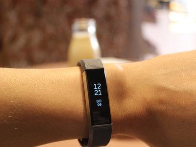 Fitbit Alta HR, análisis: tan delgada que no interrumpirá tu sueño mientras lo monitoriza