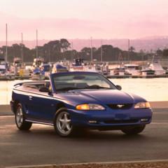 Foto 54 de 70 de la galería ford-mustang-generacion-1994-2004 en Motorpasión