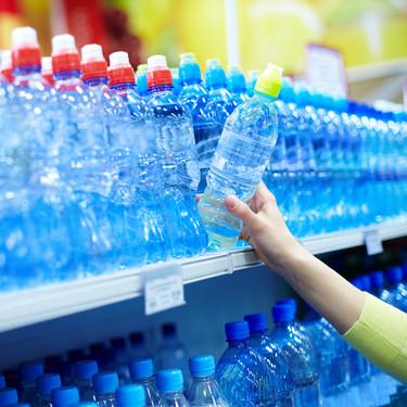 El primer supermercado de España que deja de vender agua embotellada